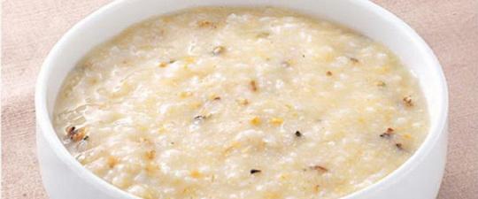 Диетическая рисовая каша на молоке