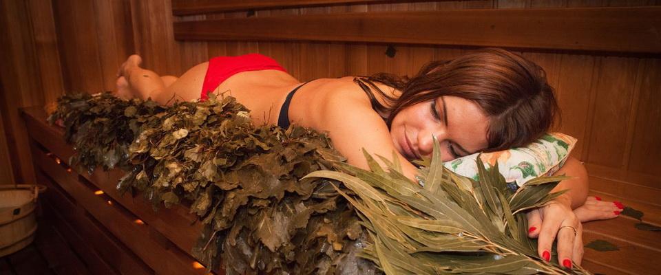 Видео женшин вруской бане фото 120-430