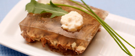 Праздничный рецепт холодца из говядины