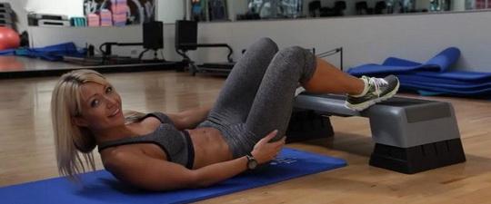 Упражнения для проблемных зон тела с видео: фитнес-тренировки для ног, бедер и ягодиц